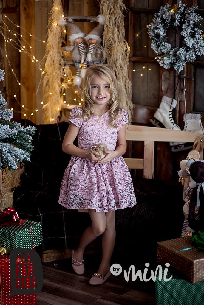 747272786bc5 Růžové krajkové Princess šaty - Skladem